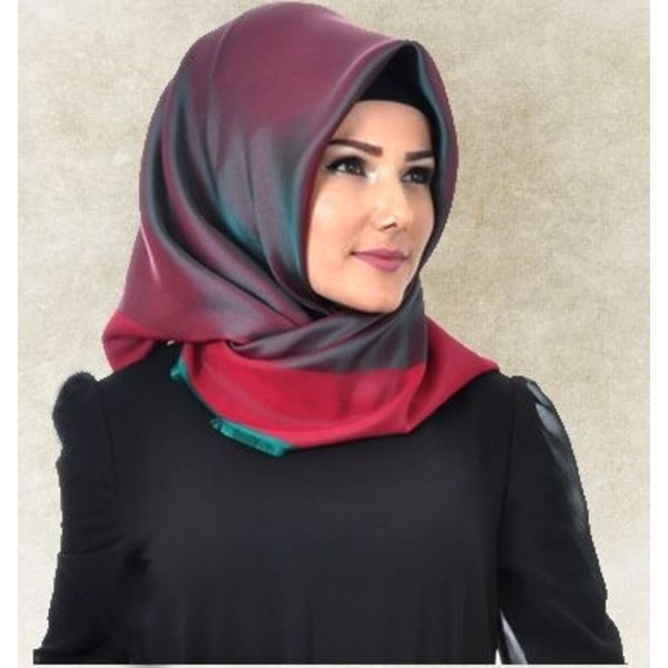 Jilbab Turki Merah vs Hijau